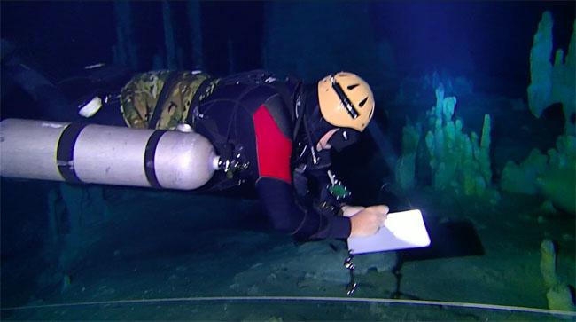 IANTD Survey Diver