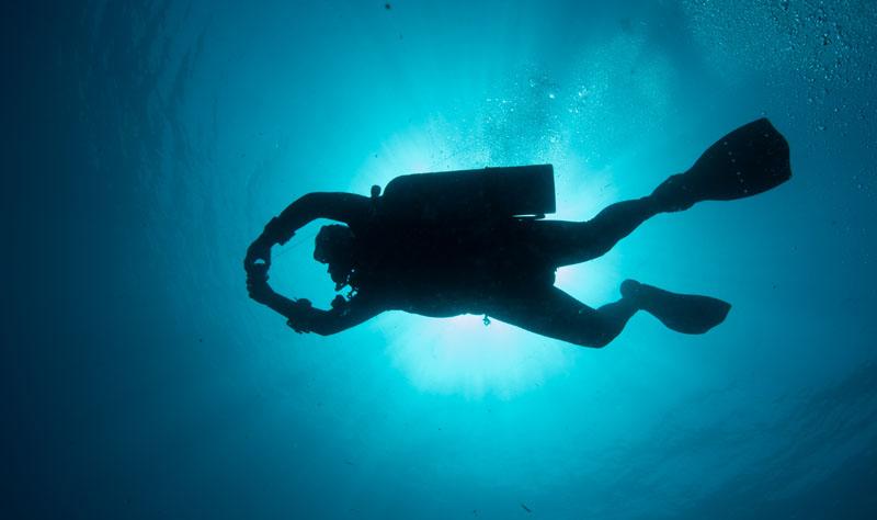 SIDEMOUNT OCEAN DIVING